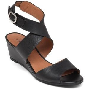 Lucky Brand Jemini Leather Wedge Sandal Black 12